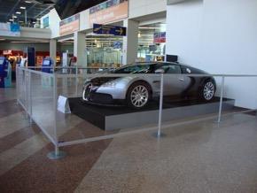 Bugatti - Expo à l'aéroport de Entzheim